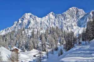 Winterwandern in Schladming, Ausflug im Winter, Spazieren im Schnee
